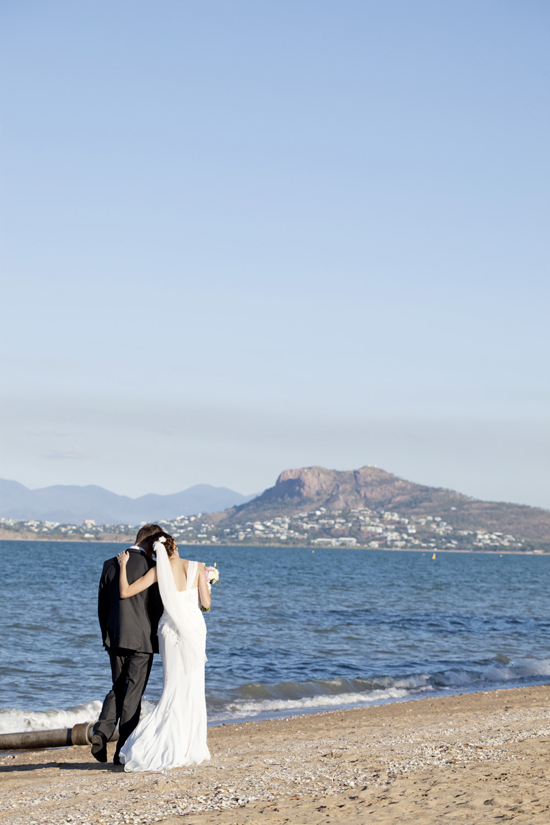 a a bent181 Classic Pink and White Townsville Wedding