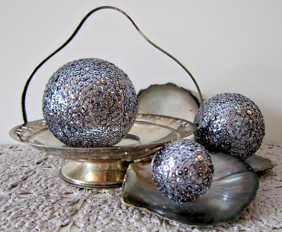sequin ball decoration tutorial1 Sequin Ball Decoration Tutorial