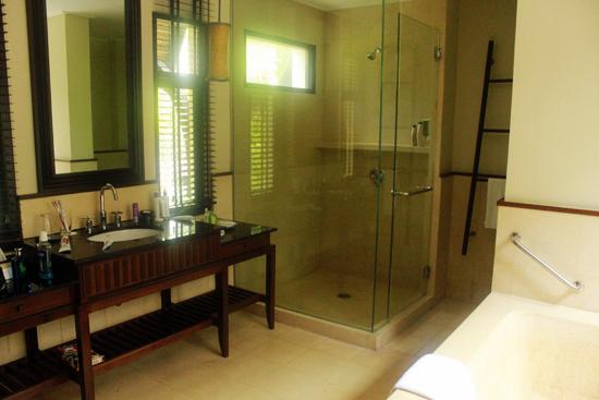 Mövenpick Resort & Spa Karon Beach Phuket Honeymoon1293