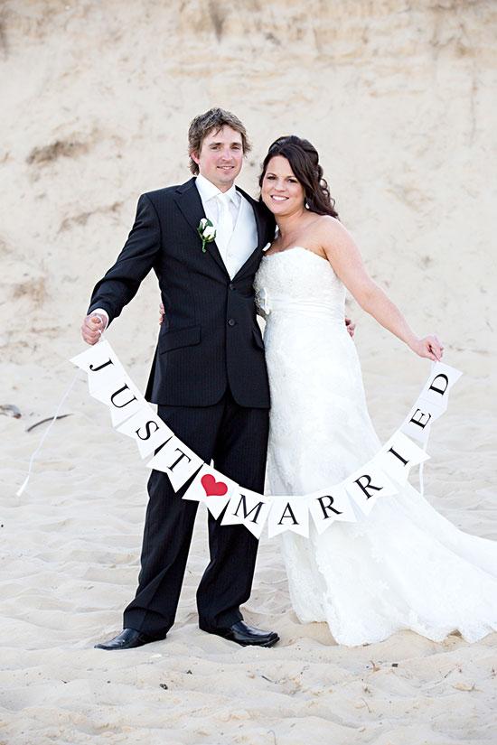 Wedding-Planning-Playbook-Lani-Carter-Photographer-Bride-Groom-Beach-Just-Married