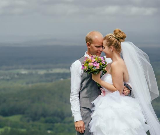 romantic-maleny-wedding019