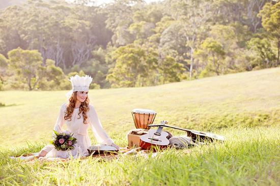 White Bohemian Wedding Ideas016