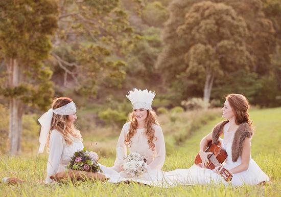 White Bohemian Wedding Ideas021
