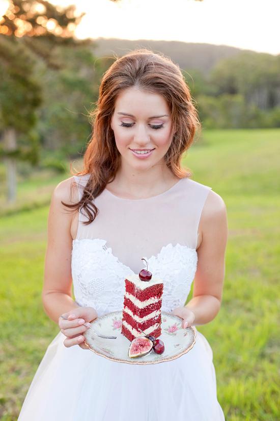 White Bohemian Wedding Ideas025