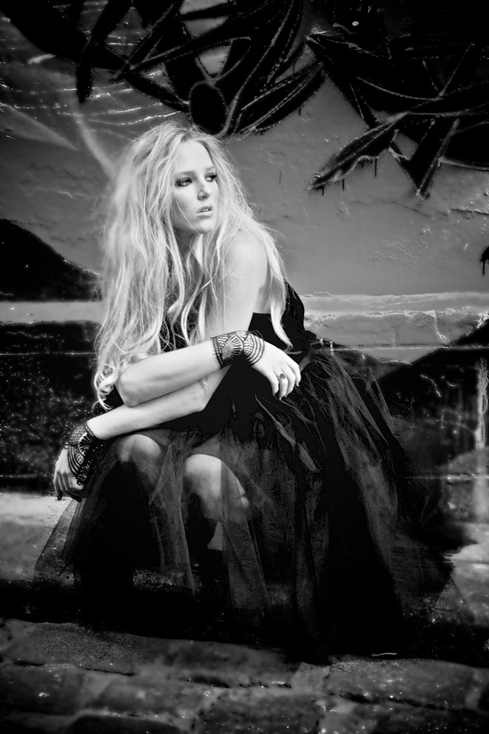 Johanna Johnson Black Label002