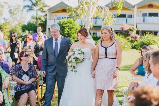 vintage inspired lakehouse wedding025