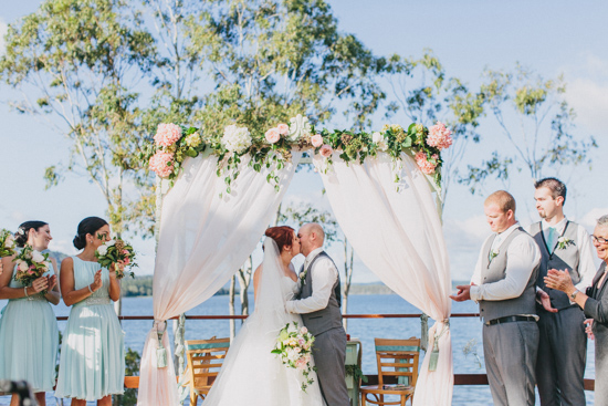 vintage inspired lakehouse wedding033
