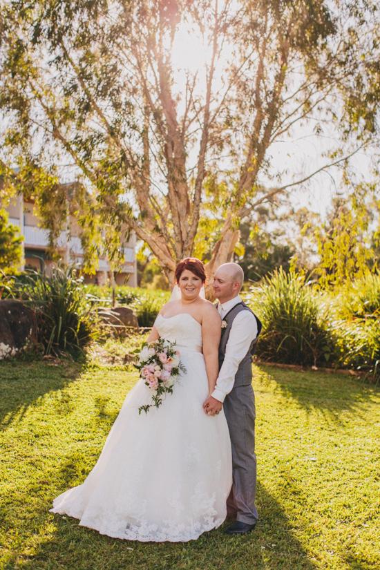 vintage inspired lakehouse wedding043