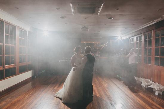 vintage inspired lakehouse wedding086