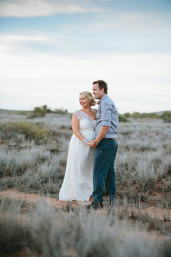 modern handmade desert wedding044