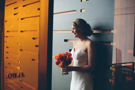 bright urban wedding ideas0009