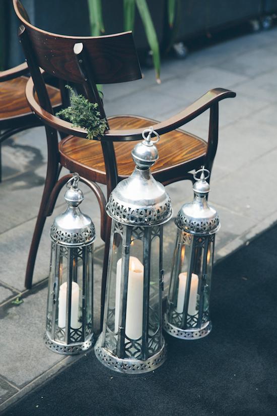 bright urban wedding ideas0043