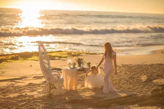 mother daughter beach wedding shoot0019