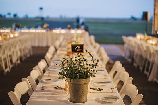 chic air hangar wedding0076