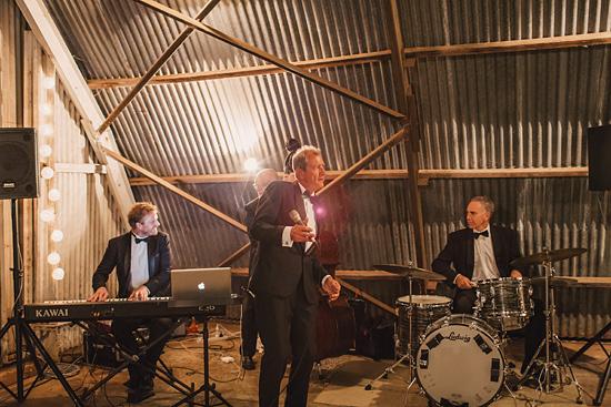 chic air hangar wedding0086