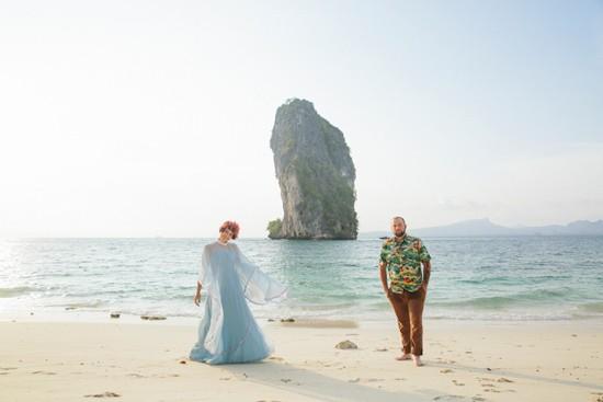 whimsical thailand engagement photos0004
