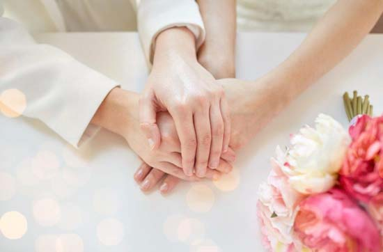 hands for ORLAssoc of Wedding Gown Spec