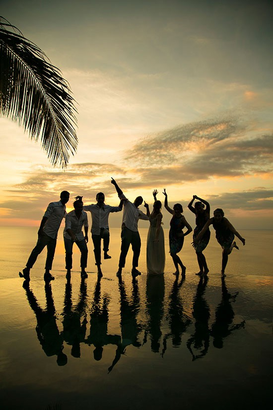 Bali Silhouette Wedding Photo