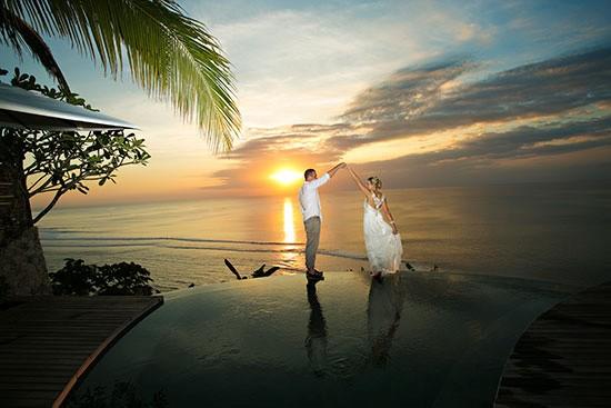 Bali dancing wedding photo