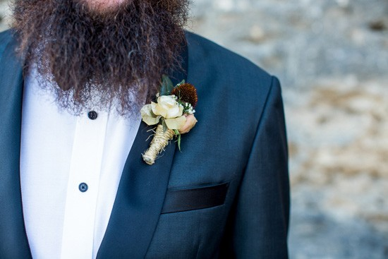 boutonniere bound with string