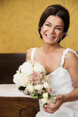 Real bride in Amanda Garrett