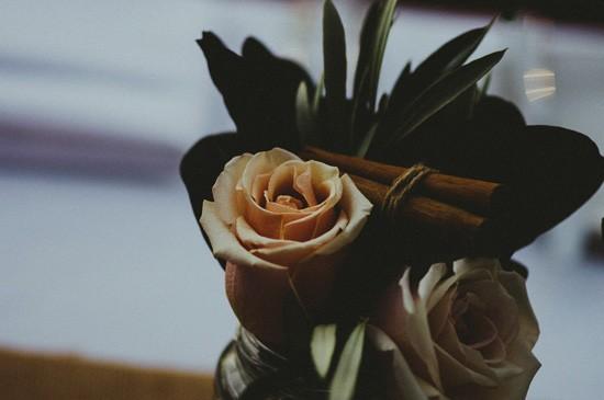 Rose with cinnamon stick wedding decor