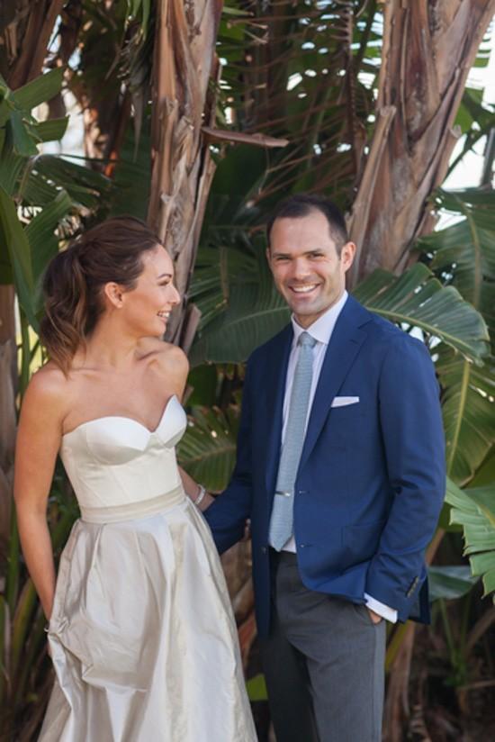 Wedding ifrst look in Sydney