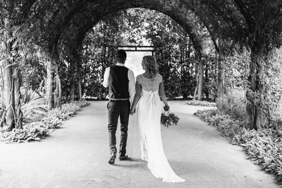 Alowyn gardens wedding photo