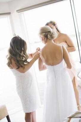 Scoop back wedding dress