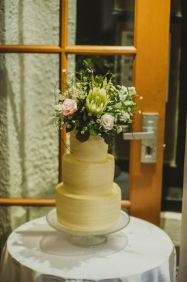 Wedding cake with proteas