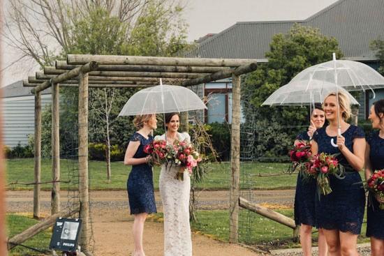 Rainy Winery Wedding037