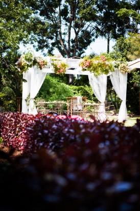 Fun brisbane garden wedding034