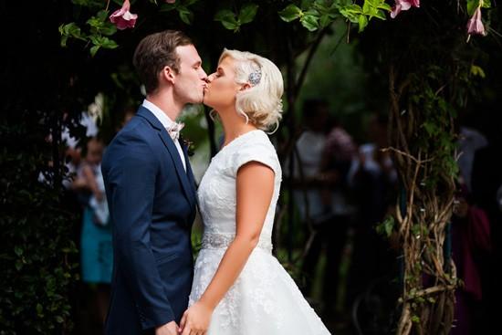 Fun brisbane garden wedding047