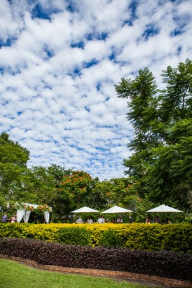 Fun brisbane garden wedding052