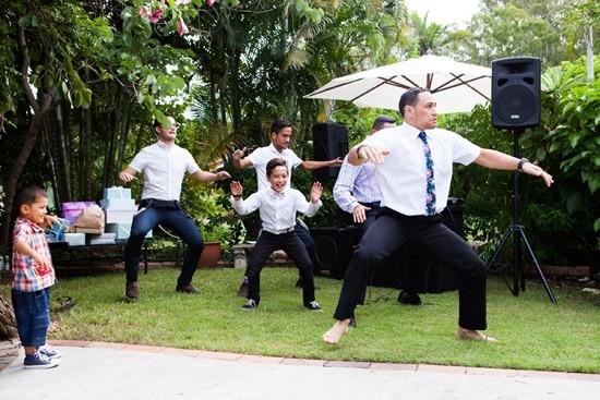 Fun brisbane garden wedding059