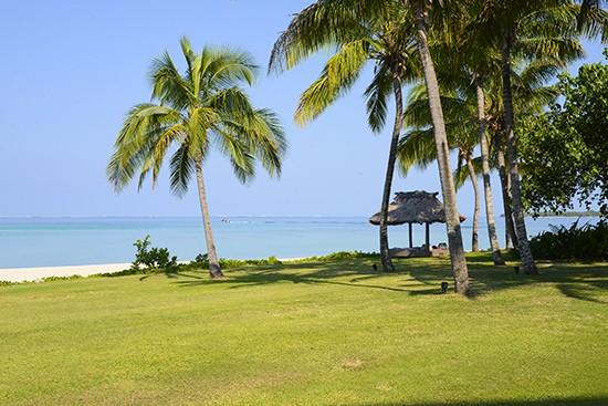 Intercontinental Fiji Navo Lawn View