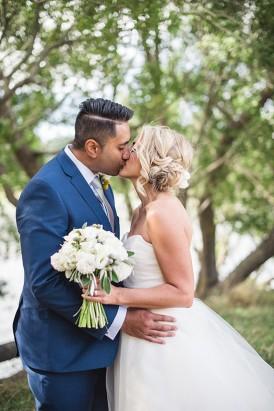 Relaxed New Zealand Riverside Wedding072