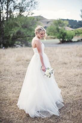 Relaxed New Zealand Riverside Wedding083