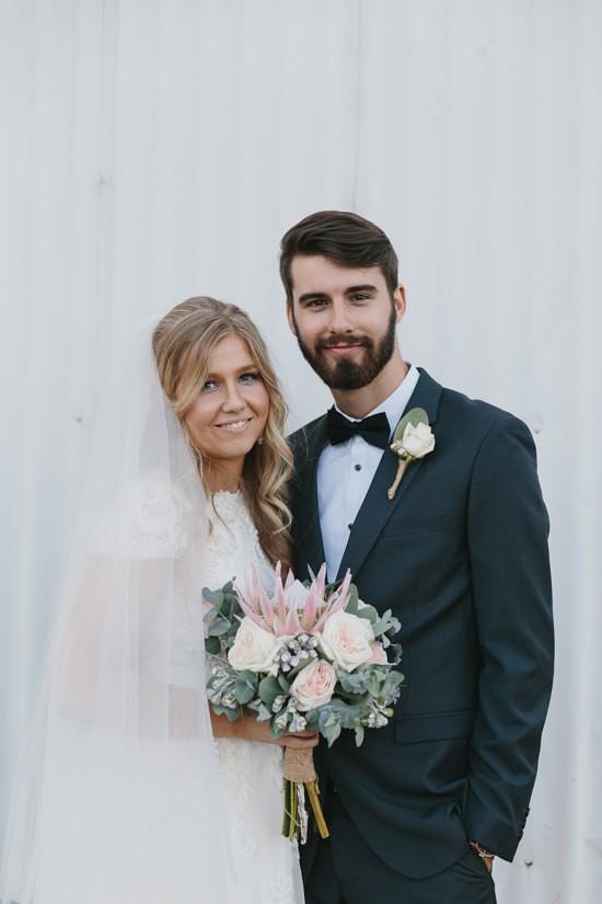Sweet Rustic Wedding_016