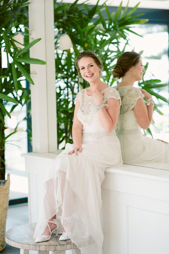 Romantic Bridal Bun Tutorial012