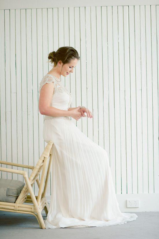 Romantic Bridal Bun Tutorial016