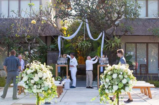 Chic Bali Destination Wedding005