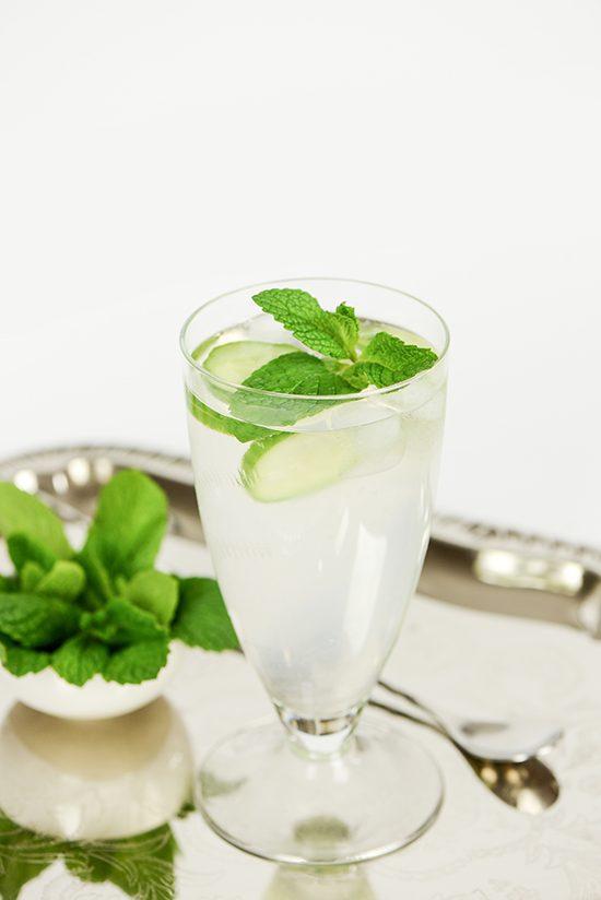 Spiked Elderflower Lemonade