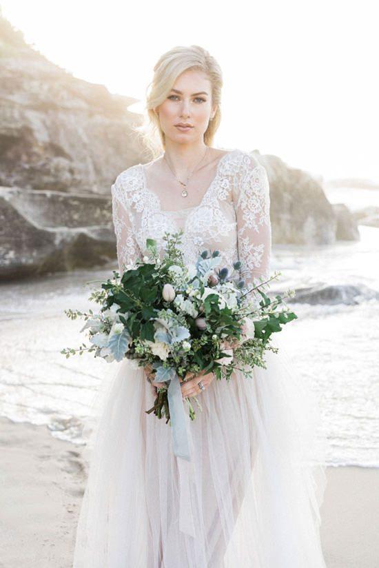 Pastel Beach Wedding Inspiration010