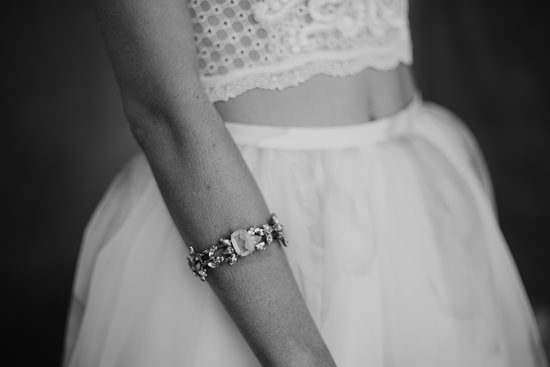 Silver & Ivory Contemporary Bridal Inspiration005