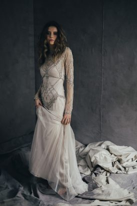 Silver & Ivory Contemporary Bridal Inspiration011