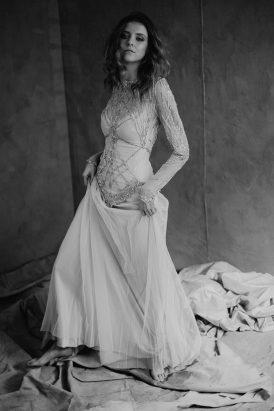 Silver & Ivory Contemporary Bridal Inspiration012