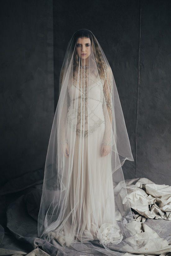 Silver & Ivory Contemporary Bridal Inspiration014
