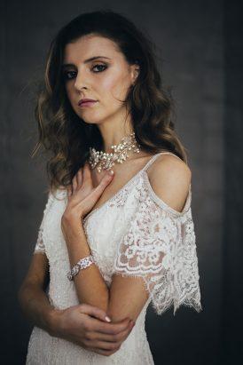 Silver & Ivory Contemporary Bridal Inspiration020