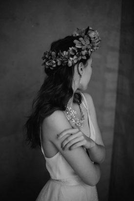 Silver & Ivory Contemporary Bridal Inspiration029